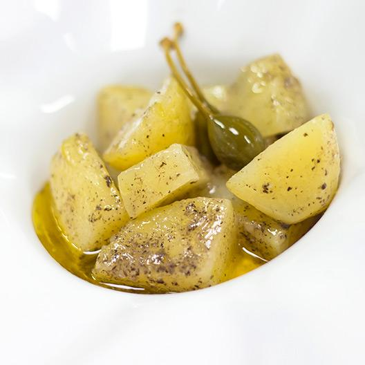 Patates confitades amb mantega ECO i salsa de tòfona negra